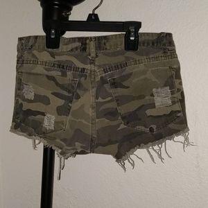 Shorts - Shorts (booty)